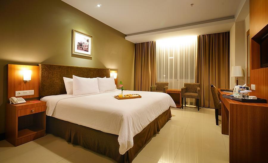 Grage Hotel  Cirebon - Silver Business Room Regular Plan