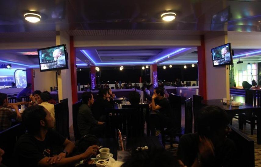 Wahana Inn Hotel Singkawang - Bar