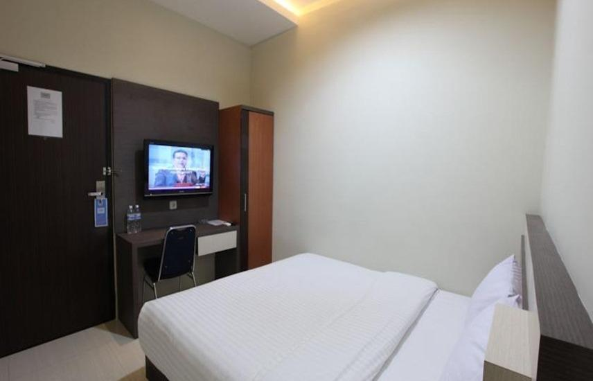 Wahana Inn Hotel Singkawang - Standard Double Room Regular Plan