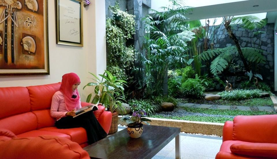 Sweet Karina Hotel Bandung - Lobby