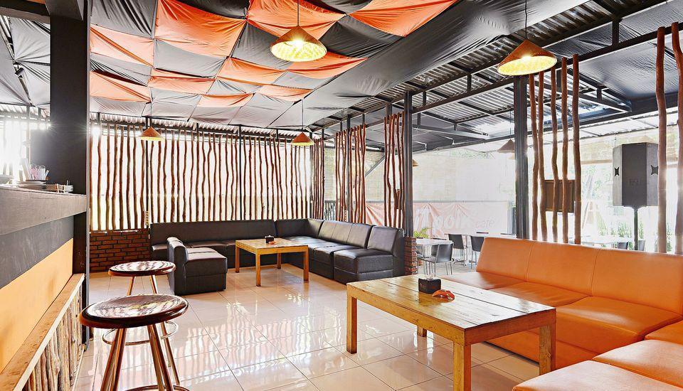 ZenRooms Riau Natuna - Kafe