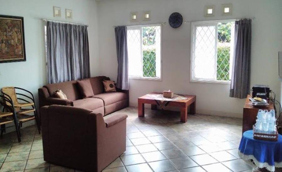 Villa 121 Lembang Bandung - Interior