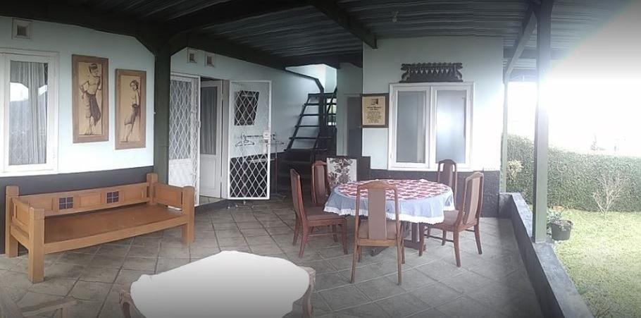 Villa 121 Lembang Bandung -
