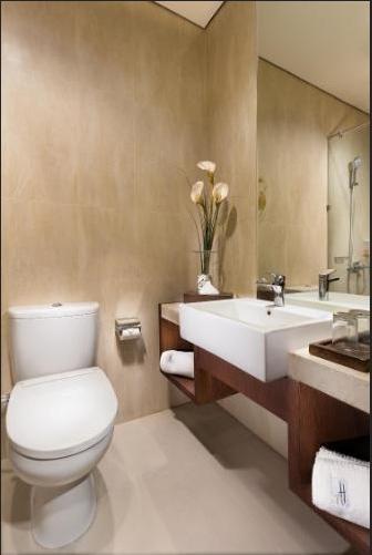 Hotel Hemangini Bandung - Executive Bathroom