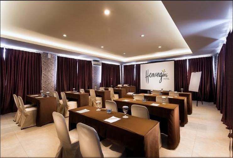 Hotel Hemangini Bandung - Meeting Room