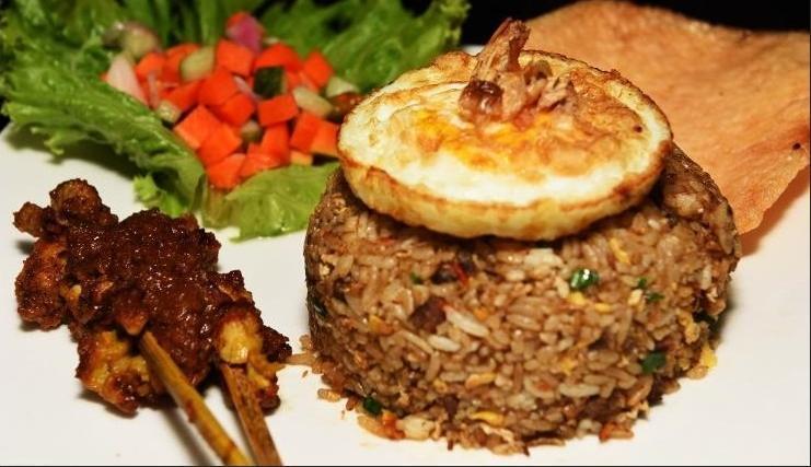 Hotel Hemangini Bandung - Meals
