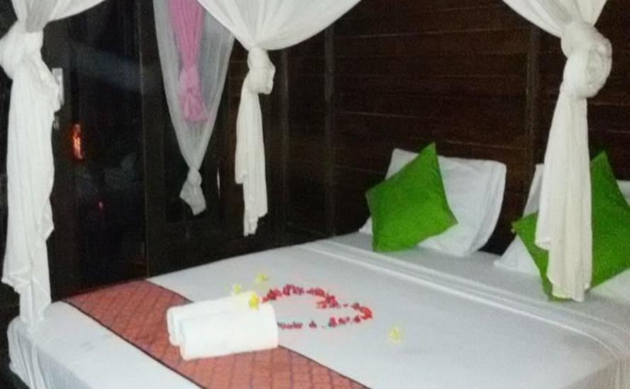 Mosaix Gili Bungalows Lombok - Bungalow - With AC Special Offers - 50% Discount Non Refundable