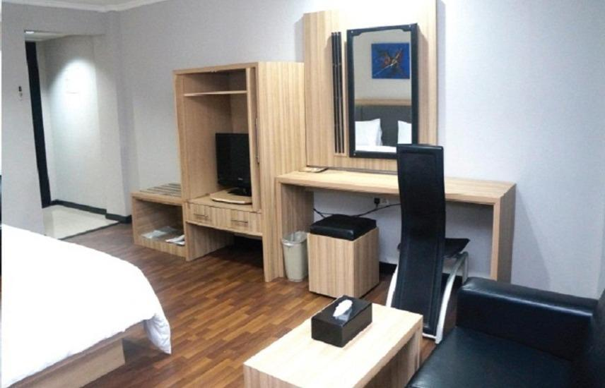 Hotel Kapuas Palace Pontianak Pontianak - Business Suite Room Regular Plan
