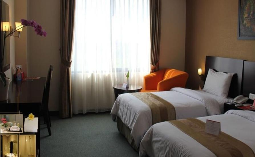 Citra Grand Hotel & Residence Karawang - Superior Twin Room With Breakfast    Regular Plan