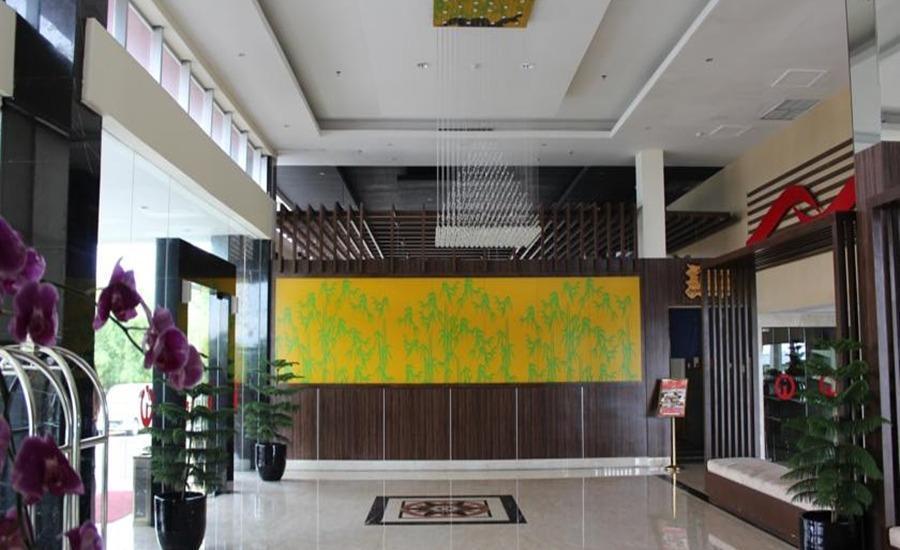 Citra Grand Hotel & Residence Karawang - Lobi
