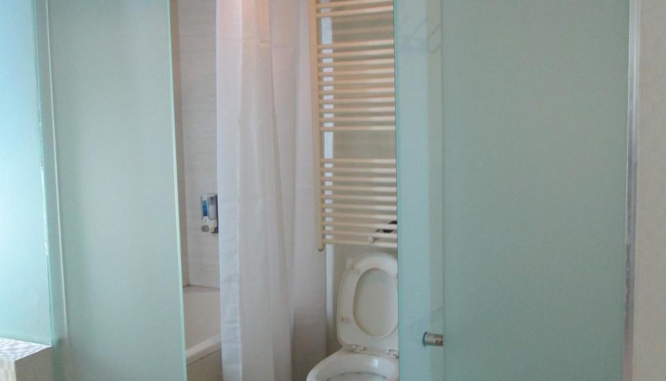 Hotel Citi International SunYatSen Medan - Kamar mandi Family Deluxe dengan Bathtub