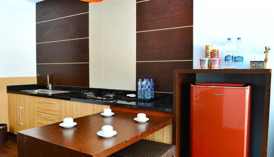 Devata Suites and Residence Bali - 2 Bedroom Suite- Kitchen