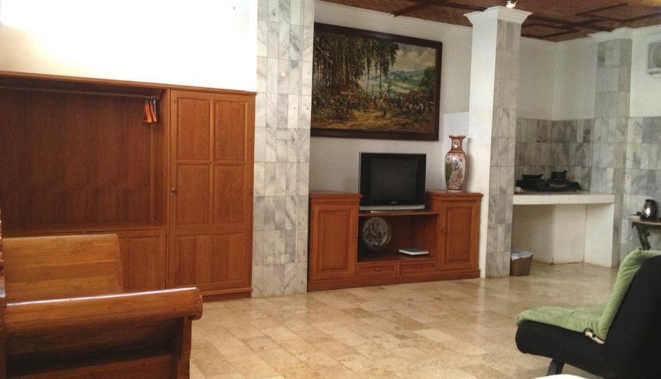 Puri Wisata Hotel Bali - Kamar Deluxe dengan dapur