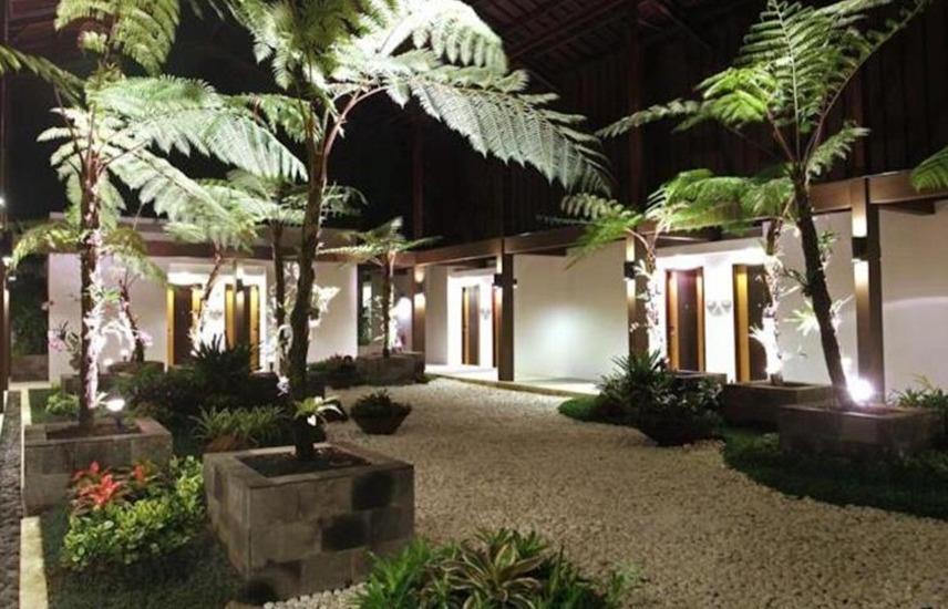 Taman Dayu Golf Club & Resort Pasuruan - pandangan depan