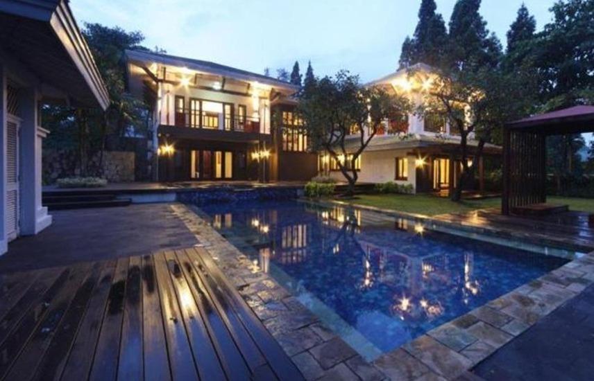 Taman Dayu Golf Club & Resort Pasuruan - Kolam Renang