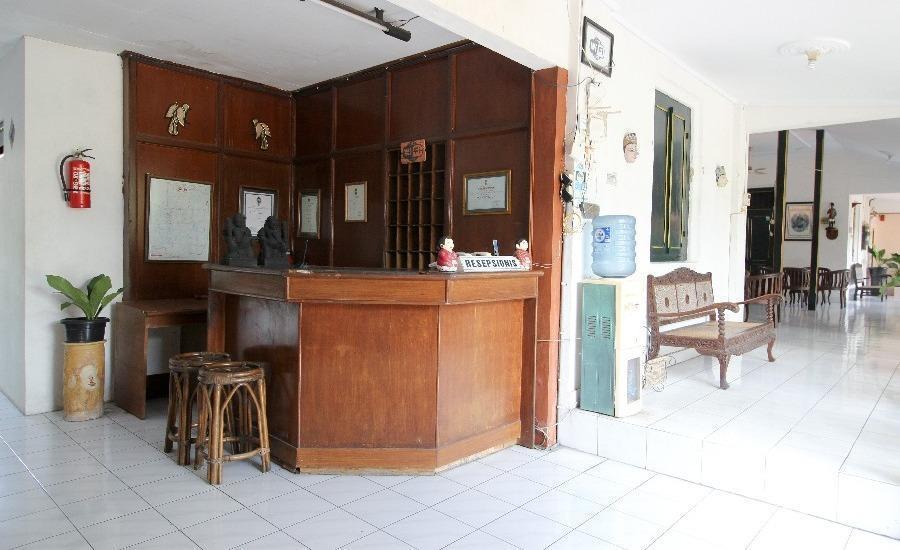 RedDoorz Plus near Alun Alun Selatan 2 Yogyakarta - Facilities