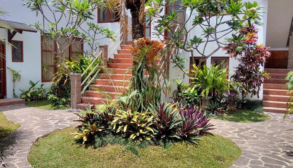 Hotel Gradia 2 Malang - Taman