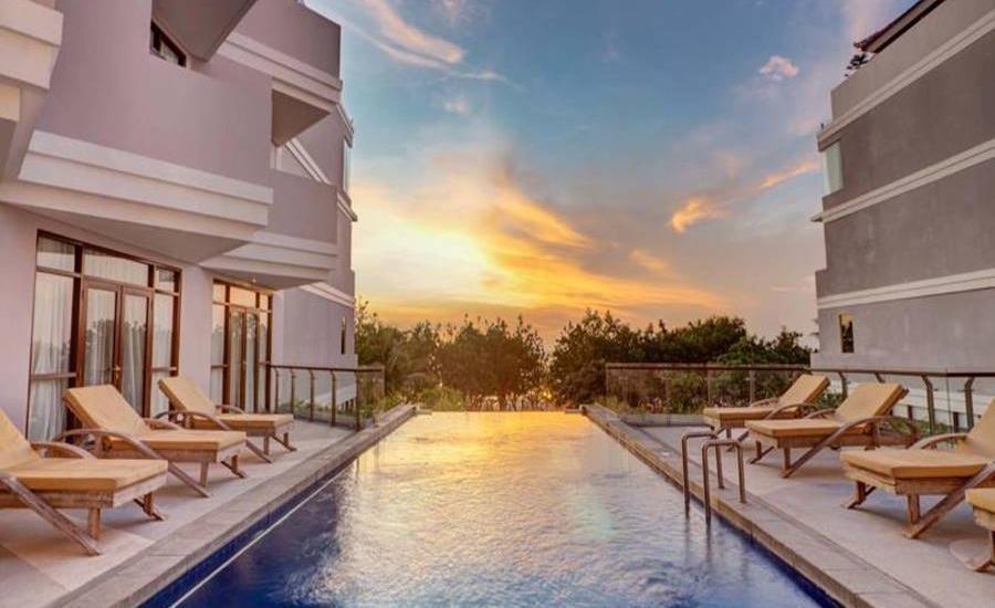 Wyndham Garden Kuta Beach Bali Bali - Kolam Renang