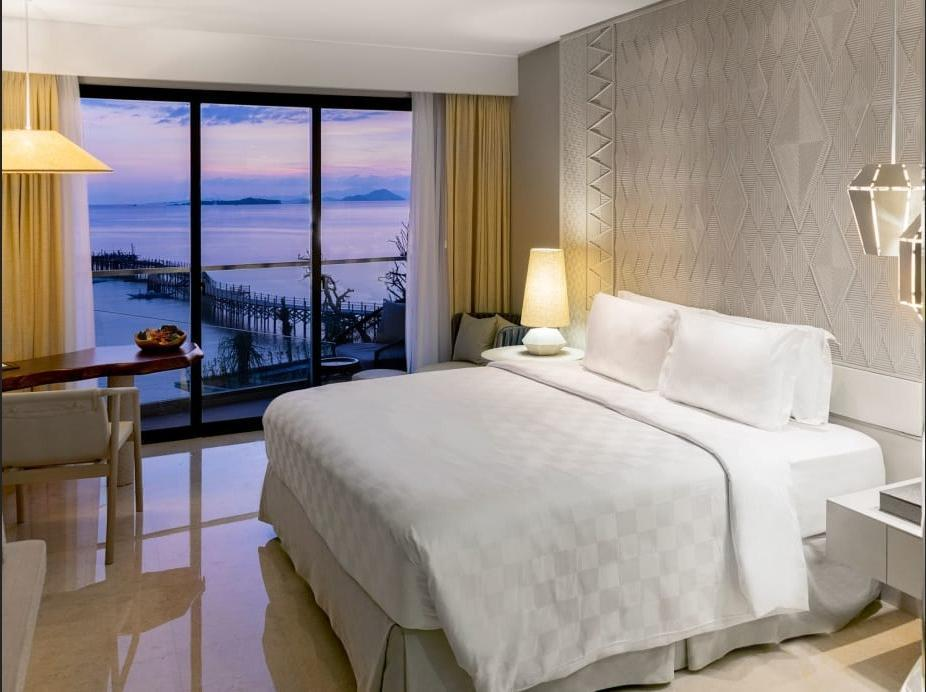 AYANA Komodo Resort, Waecicu Beach - Bedroom