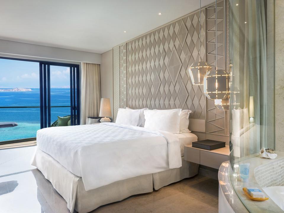 AYANA Komodo Resort, Waecicu Beach - Deluxe Full Ocean View Room Only  Stay 6 Pay 4
