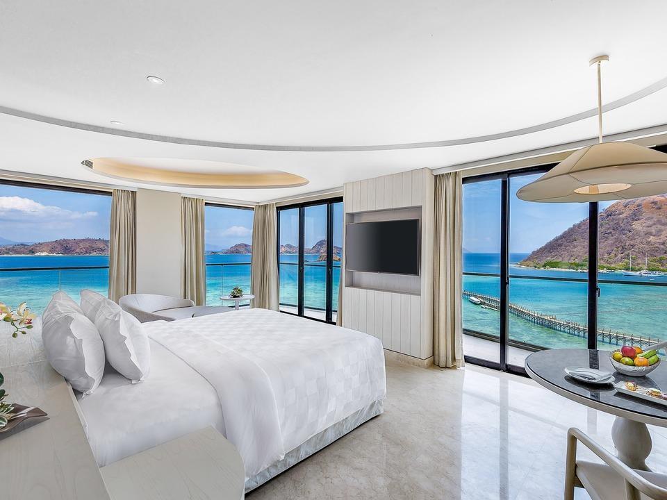 AYANA Komodo Resort, Waecicu Beach - Full Ocean View Suite Room Only Stay 6 Pay 4