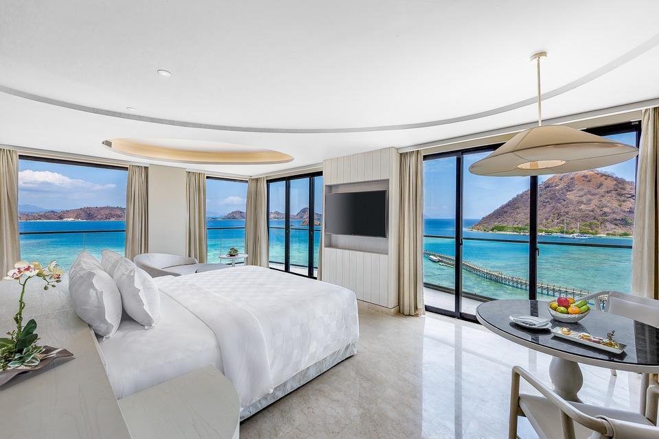 AYANA Komodo Resort, Waecicu Beach - Full Ocean View Suite