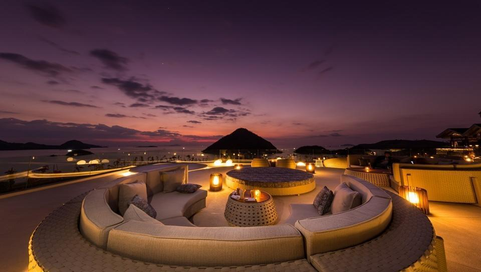 AYANA Komodo Resort, Waecicu Beach - Unique Rooftop