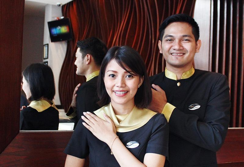 Midtown Hotel Surabaya - Serving service