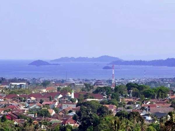 Emersia Hotel Lampung - Pemandangan laut