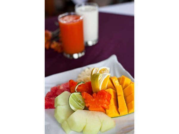 Tamu Kami Hotel Bali - Buah-buahan