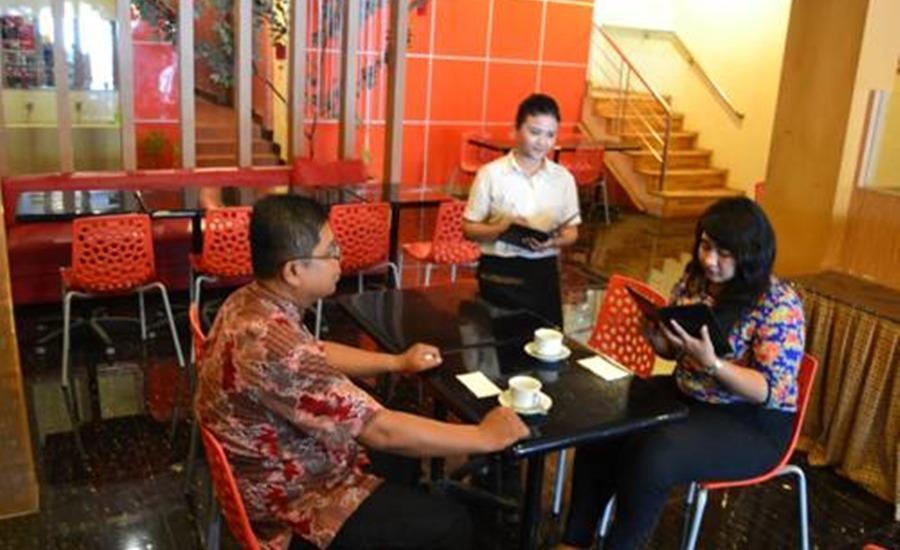 Hotel Paradiso Makassar - Restoran