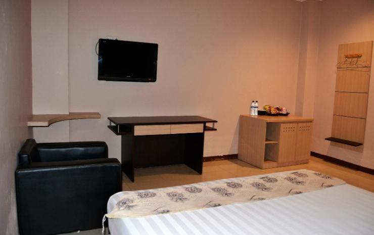 Hotel Paradiso Makassar - Deluxe Room Regular Plan