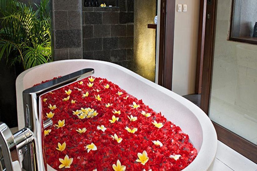 The Canggu Boutique   - Bathtub