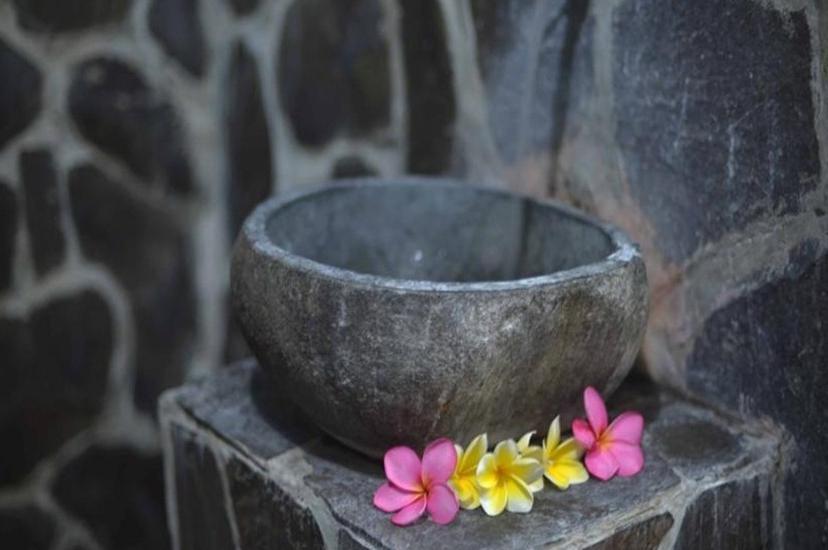 Santhi House Kuta Bali - Kamar mandi