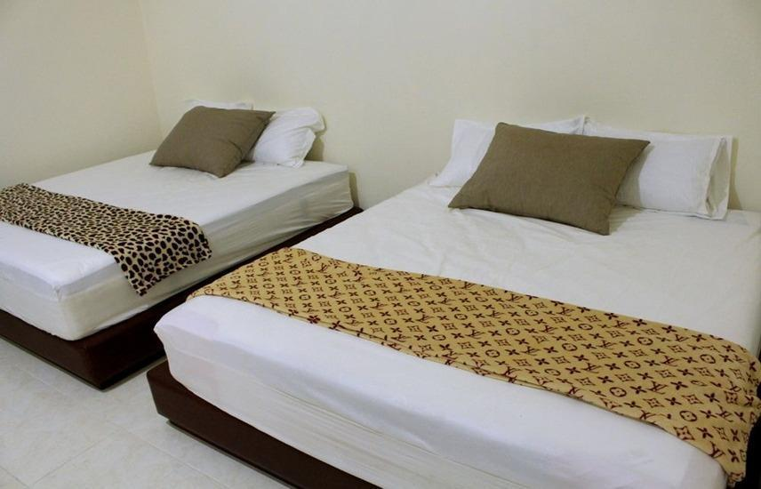 Victory Guesthouse Jogja - Family Room (Check in max 11pm) Regular Plan
