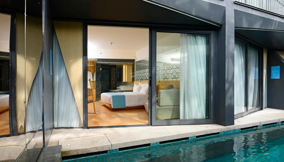 IZE Seminyak Bali - Deluxe Pool
