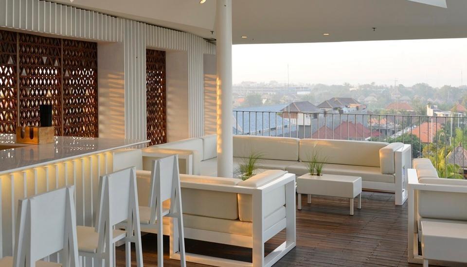 IZE Seminyak Bali - Roof Top Bar