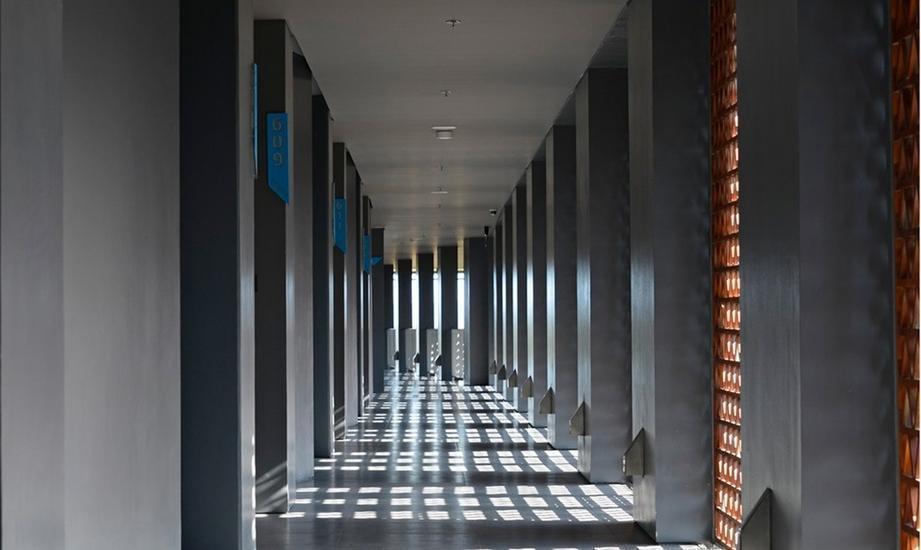 IZE Seminyak Bali - Corridor