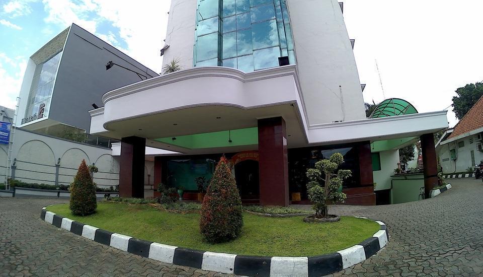 Asana Grand Pangrango Bogor - depan