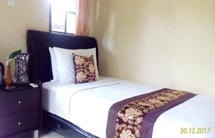 Rumah Tuju Bali - Deluxe Single Room RAMADHAN PEGIPEGI PROMOTION