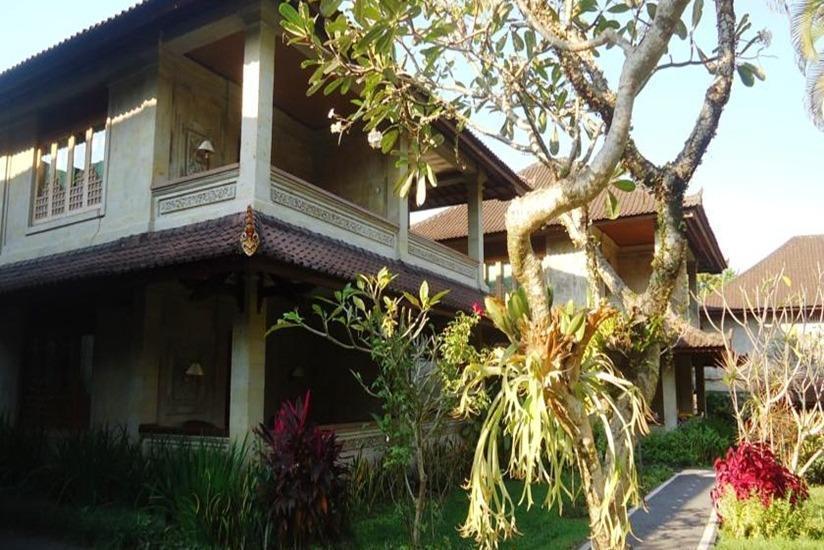 Puri Padi Ubud - Tampilan Luar Hotel
