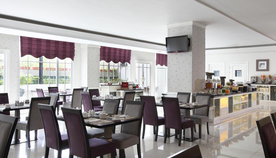 Hotel Dafam Semarang - Charlotte Restoran