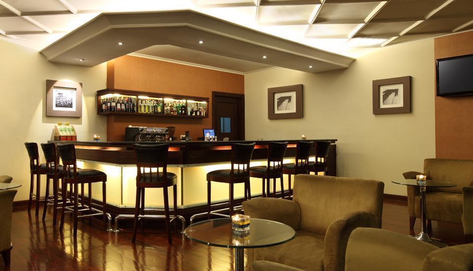 Hotel Dafam Semarang - Piccadilly Lounge