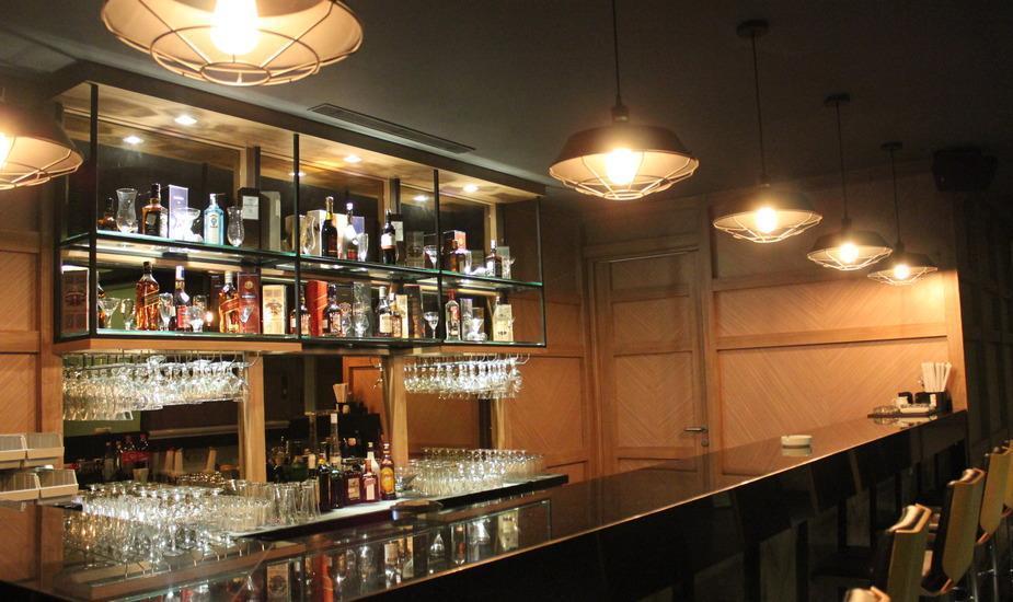 Swiss-Belinn Karawang Karawang - swiss karaoke - bar
