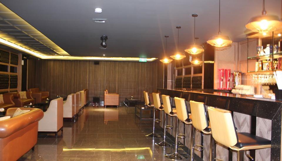 Swiss-Belinn Karawang Karawang - swiss karaoke - lounge