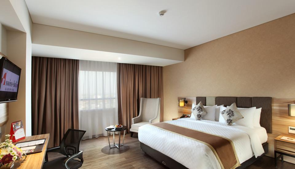 Swiss-Belinn Karawang Karawang - Deluxe Queen Room Only Regular Plan