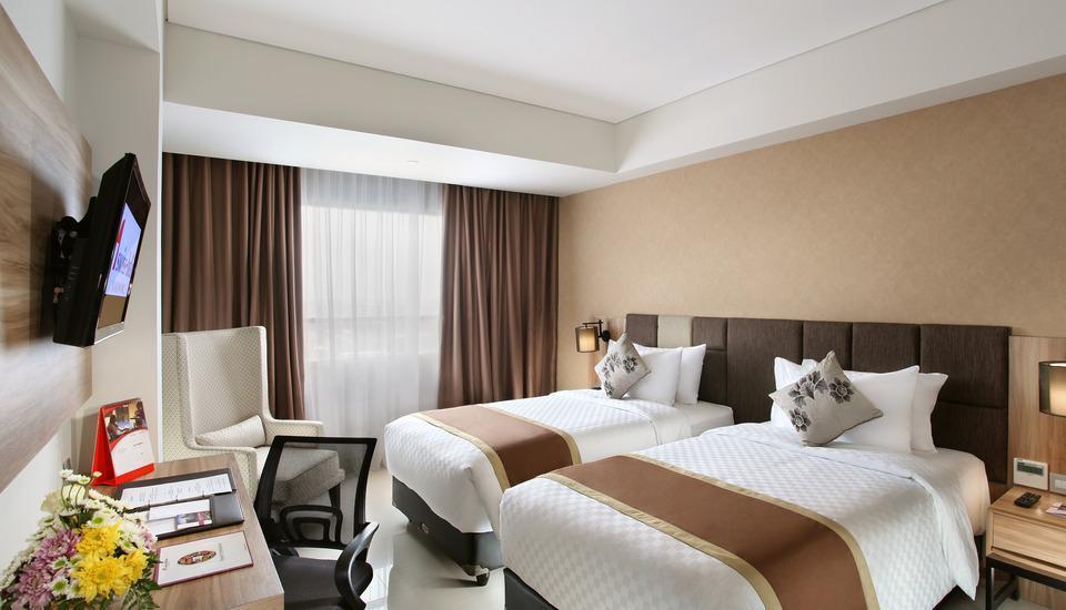 Swiss-Belinn Karawang Karawang - Superior Twin Room Only Regular Plan