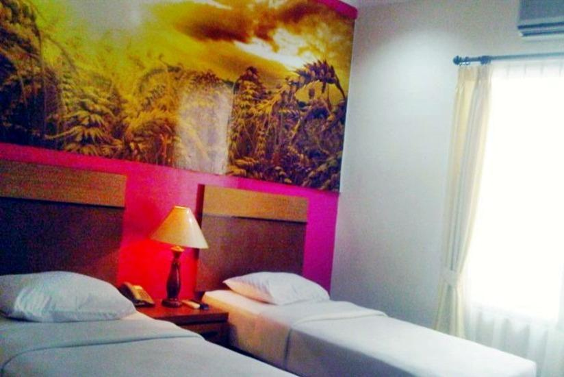 Hotel Victoria River View Banjarmasin - Deluxe Room Regular Plan