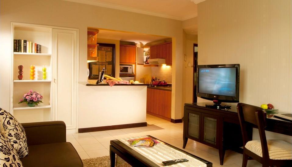 Grand Tropic Jakarta - Suite Bisnis