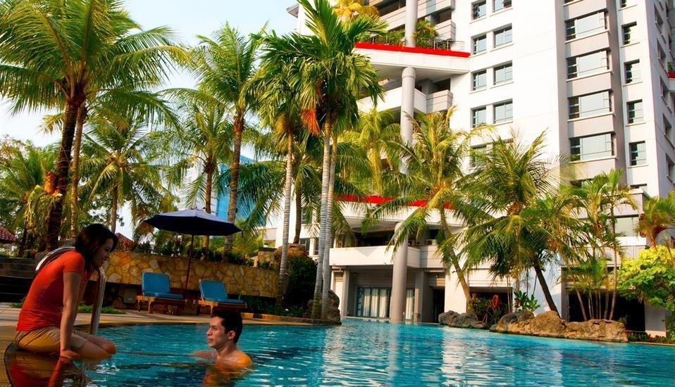 Grand Tropic Jakarta - Kolam Renang
